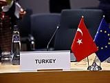Uniós fegyverembargó Törökországgal szemben