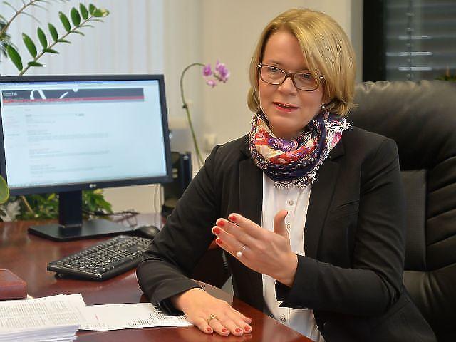 Dr. Búza Éva