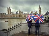 Angliában csak a jövő héttől lesz kötelező a maszk a tömegközlekedésben