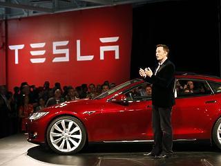 Musk üzent, felrobbant a Tesla árfolyama