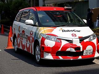 Tokióban elindították az első önvezető taxit