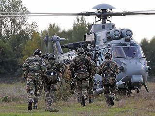 Vett 16 helikoptert a Magyar Honvédség