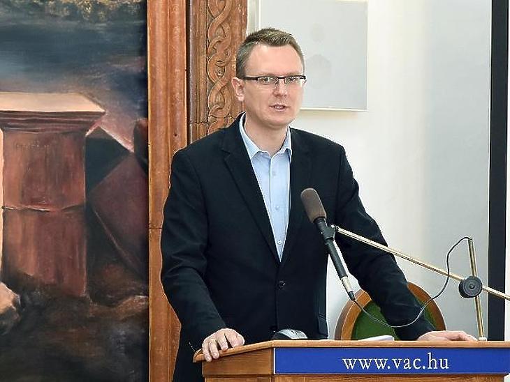 Rétvári Bence, az EMMI államtitkára
