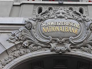 Svájcban ma a feje tetejére állíthatják a monetáris rendszert