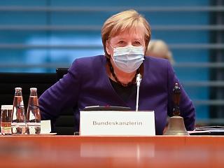 Klímaváltozás: Merkel szerint az autóiparra is szükség van a probléma megoldásához