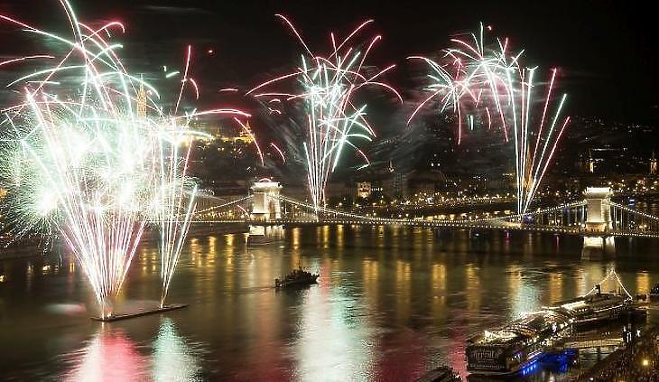 Európa legpompásabb tűzijátékát ígérik