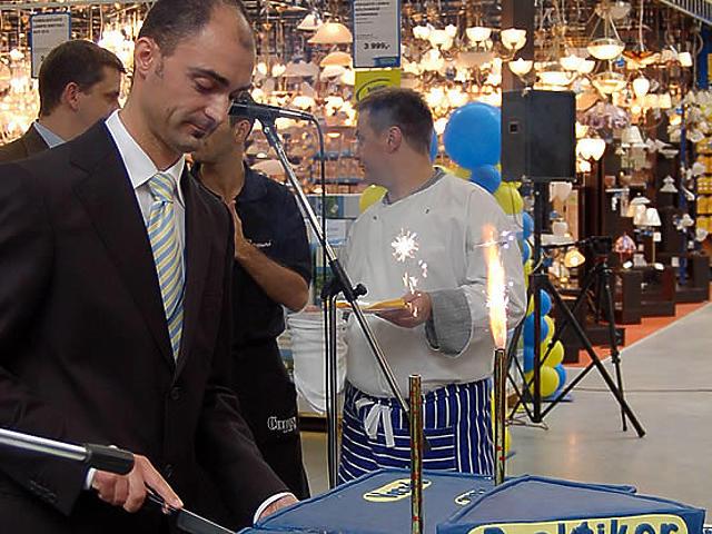 Ali János, a vecsési áruház igazgatója