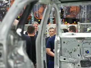 320 milliárdból újabb gyárat épít a Mercedes Kecskeméten