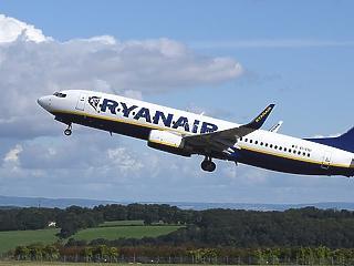 Botrány a Ryanair Budapest és Las Palmas közötti járatán, rendőrök is érkeztek
