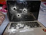 Zuhanórepülésben az Apple MacBookjai
