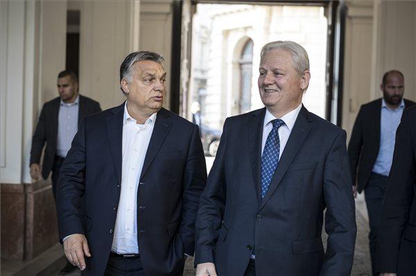 Orbán Viktor és Tarlós István találkozója a Főpolgármesteri Hivatalban 2018. október 10-én. (MTI Fotó: Miniszterelnöki Sajtóiroda / Szecsődi Balázs)