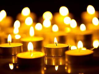 A gyász alapvetően egy nagyon intim dolog - videóinterjú Révész Renáta Liliána gyászterapeutával
