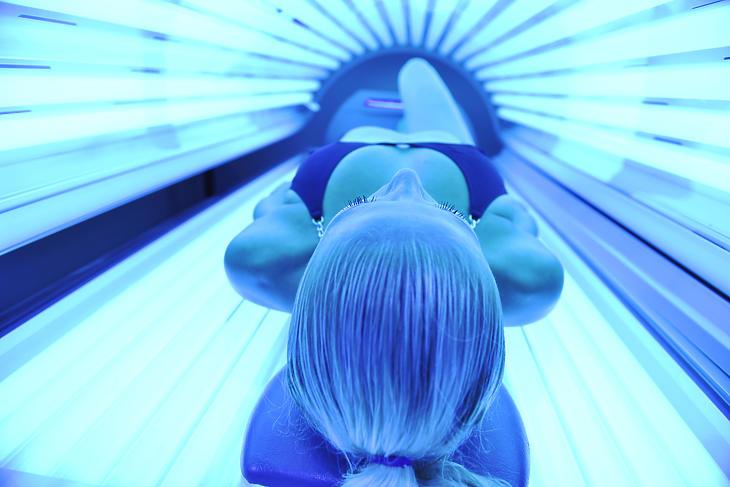 Mégsem mentesülnek a járulékfizetés alól a szoláriumok? Fotó: depositphotos.com