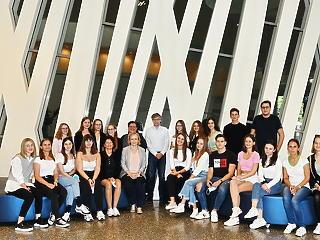 Az osztrák fővárosban is lemérték tudásukat a Legyél Te is Pénzügyi Junior Klasszis! diákverseny dobogósai