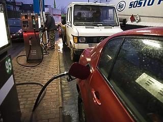 Tovább drágulnak az üzemanyagok pénteken