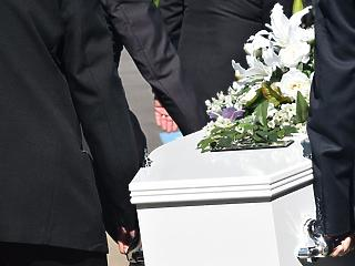 Emelné a temetés árát a fővárosi önkormányzat