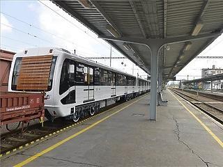 Metrovagonmas: szervezett lejárató kampány zajlik ellenük