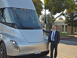 Tesla-kamionokat tesztelhet a Waberer's