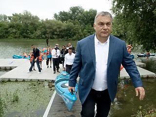 Orbán szerint a hazaszeretetet erősítik a turisztikai és sportberuházások
