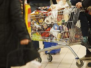 Meglódult a hazai kiskereskedelem - mire költöttük a pénzt?