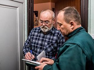 Mától viszi ki a postás a karácsonyi Erzsébet-utalványokat