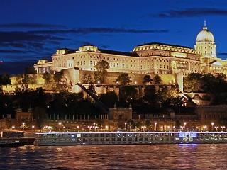 36 milliárd forintból renoválják a Budai Palotanegyedet