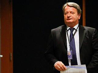 Szerdán még Orbán mellett szavazott, jövő héten mehet a bíróságra