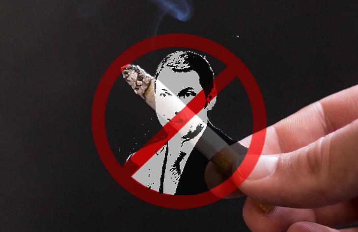 Lázár híresen antidohányos, korábban is hangoztatta, hogy betiltaná a dohányzást, ha rajta múlna