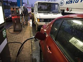 Szerdától megint nagyot eshet a benzin és gázolaj ára