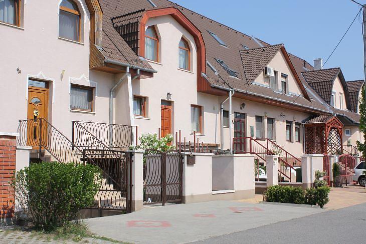 A sorházi lakásokat viszonylag könnyű összehasonlítani (fotó: Mester Nándor)