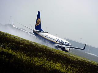 A sztrájkok miatt rontotta profitkilátásait a Ryanair