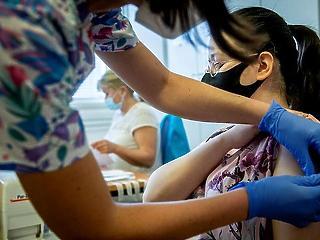 Ma rendkívüli oltási akció indul - Pfizer vakcinára is foglalható időpont
