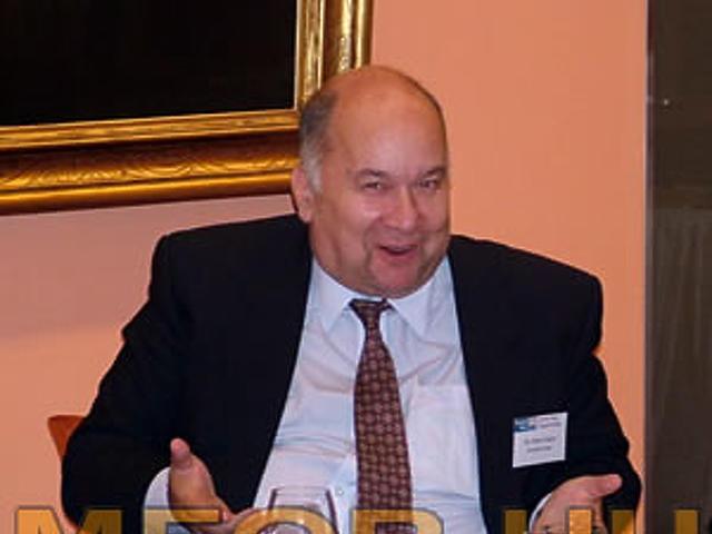 dr. Rényi Gábor