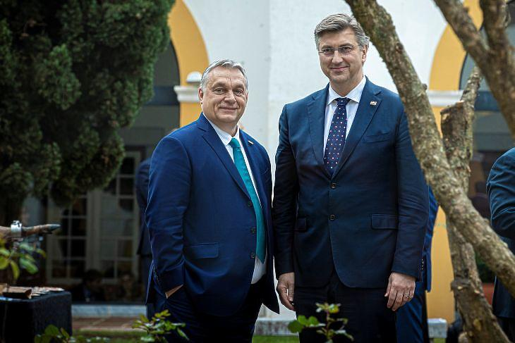Orbán Viktor és Andrej Plenkovic. (MTI/Miniszterelnöki Sajtóiroda/Fischer Zoltán)