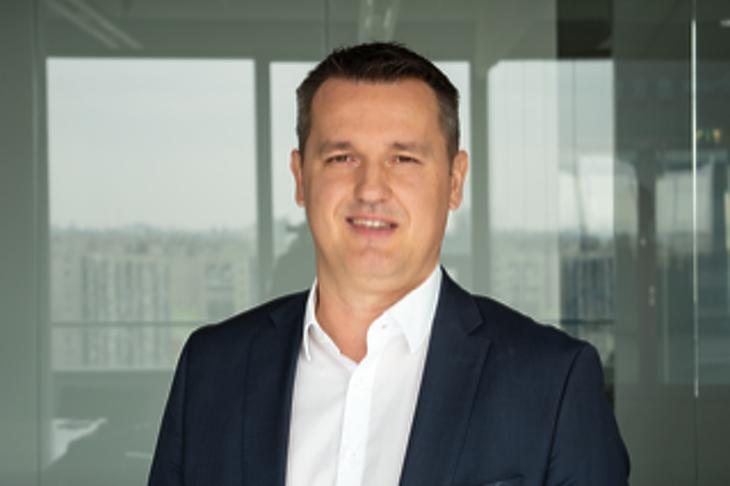 Annus Norbert, az Erste Bank Kártya és Fogyasztási Hitelek Igazgatóság vezetője. Fotó: Erste