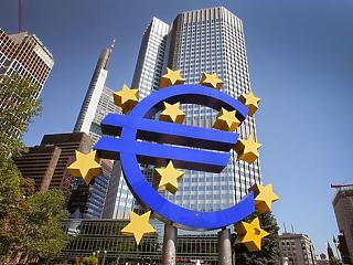 EKB: a vártnál kisebb lehet az idei gazdasági visszaesés