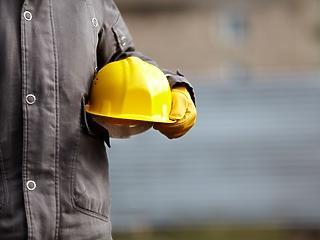 Hogyan lehet sikeres a munkaerő-toborzás a kékgalléros szektorban?