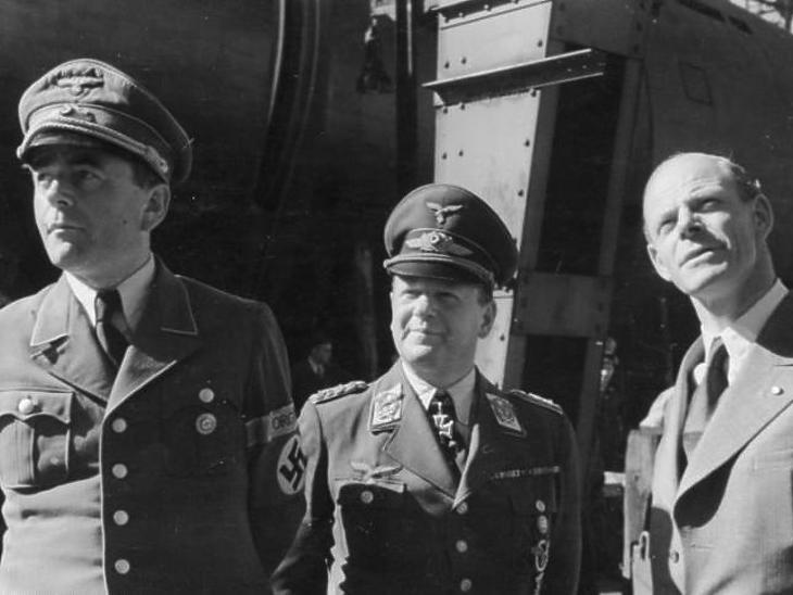 Albert Speer, Erhard Milch és Willy Messermicht (Fotó: Wikipedia)