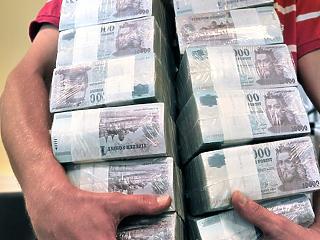 Kőkeményen bünteti a NAV a limit feletti készpénzes fizetést