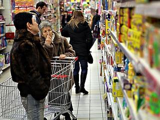 Ha nem az áremelkedés, akkor a korlátozások miatt hisztizünk a boltokban? - A Hét Videója