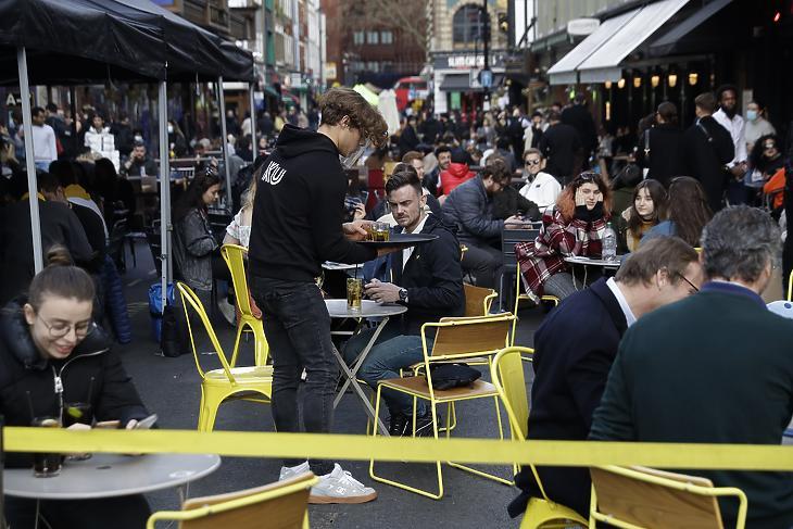 A londoni Sohoban is sok magyar letelepedett dolgozhat (fotó: MTI)