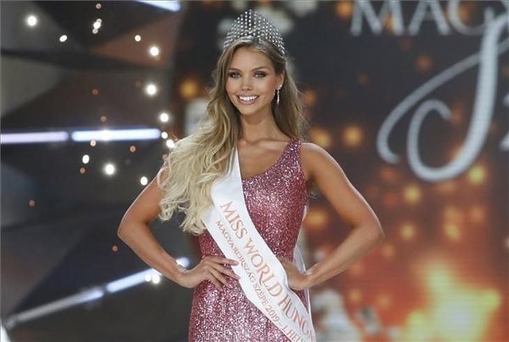 Nagypál Krisztina a Magyarország Szépe - Miss World Hungary döntőjén a Médiaszolgáltatás-támogató és Vagyonkezelő Alap (MTVA) óbudai gyártóbázisán (MTI fotó- Mohai Balázs)