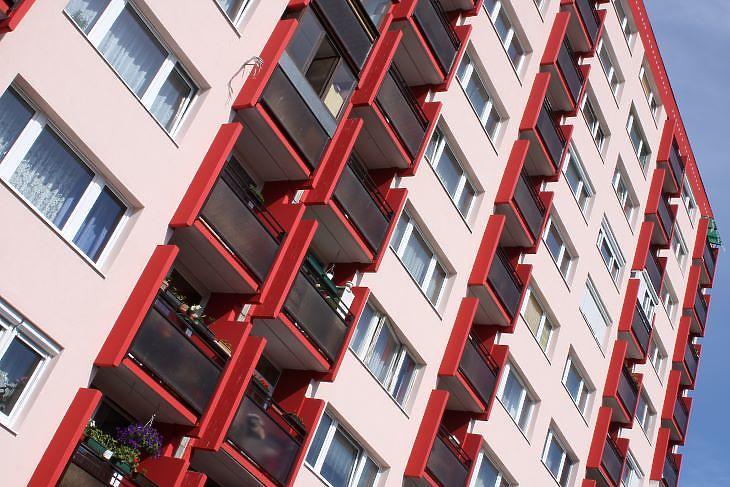 A panelprogramos lakások legalább 15-20 százalékkal többet érnek (fotó: Mester Nándor)