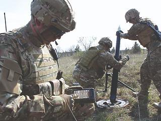 Osztrák fegyvergyárat vett a magyar kormány