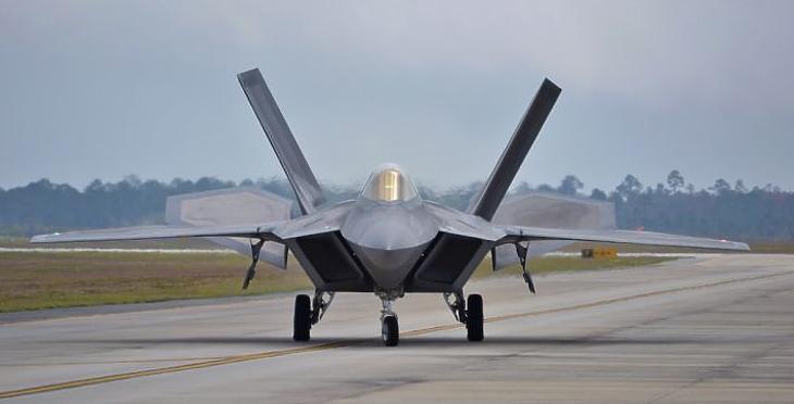 F-22 Raptor (Fotó: depositphotos.com)