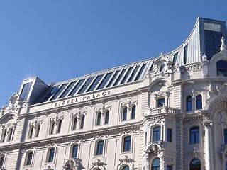 Évi 2,7 millió eurós bevételről mondott le az MNB