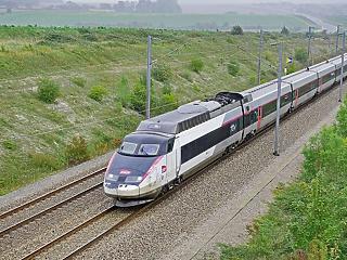190 milliót toltak Mészáros Lőrincék a Budapest-Belgrád vasutat építő cégbe