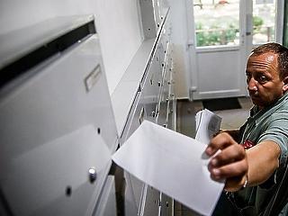 Vége a versenynek, törölték a Magyar Posta riválisát