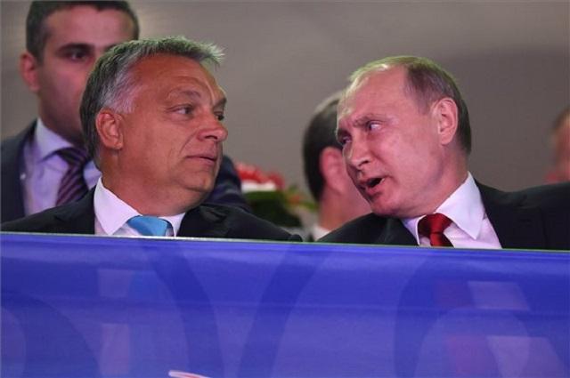Orbán Viktor és Vlagyimir Putyin a 2017-es budapesti dzsúdóvébén. (MTI)