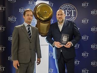 Jászai Gellért is betolt még 30 milliárdot a 4iG-be